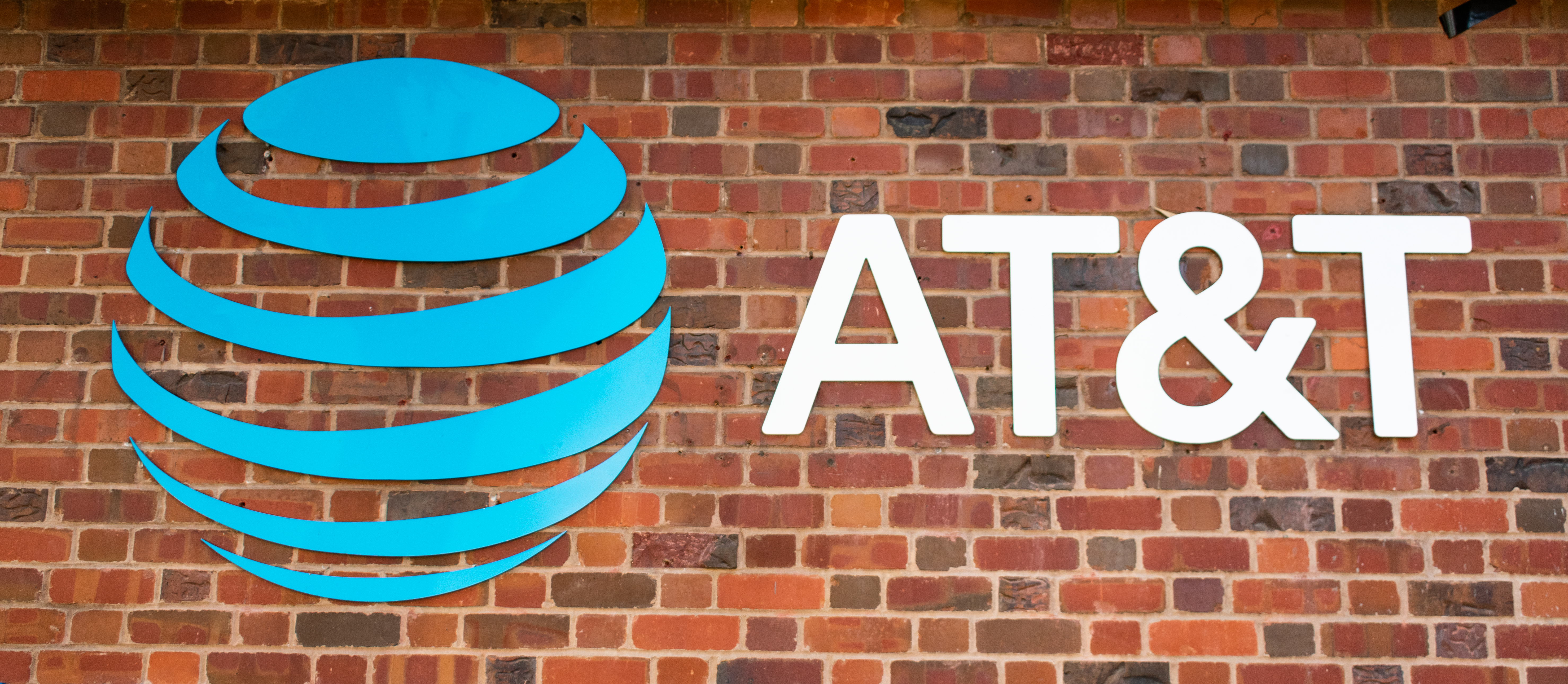 Tell AT&T: Stop Funding Voter Suppression